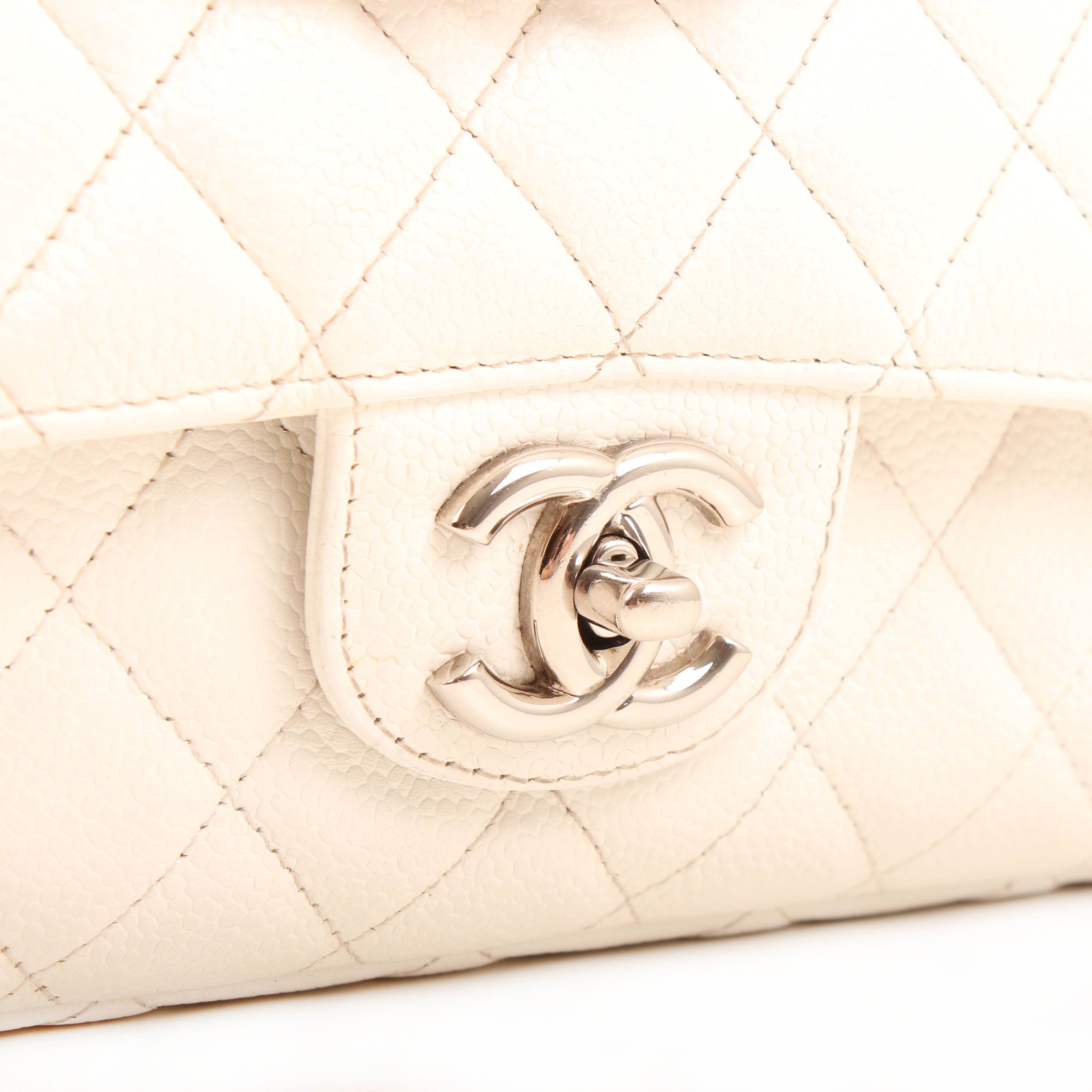 bolso chanel timeless double flap soft caviar blanco cierre