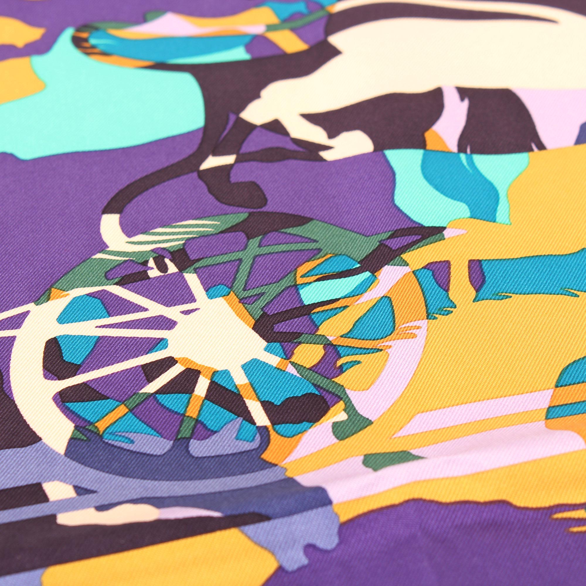 Imagen de detalle de la ilustracion del hermes carre ex libris en camouflage