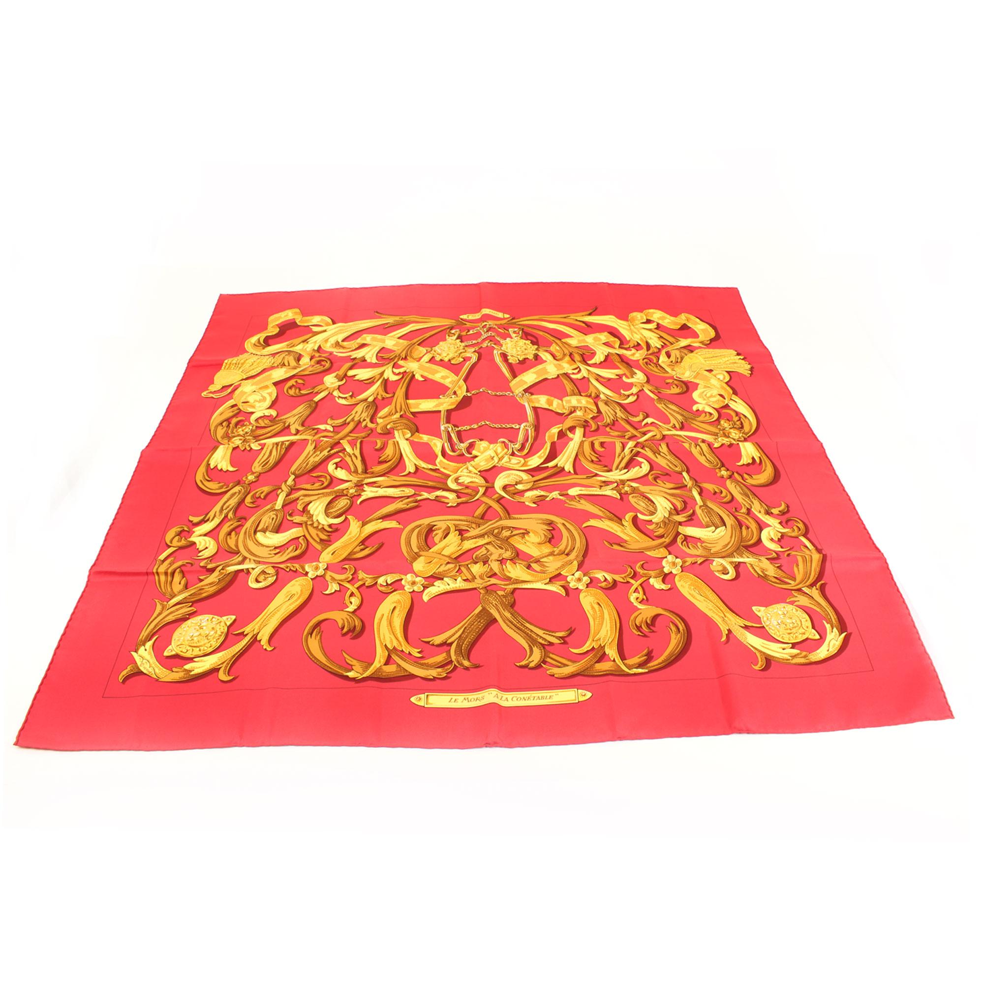 Imagen general del hermes carre le mors a la conetable rojo dorado