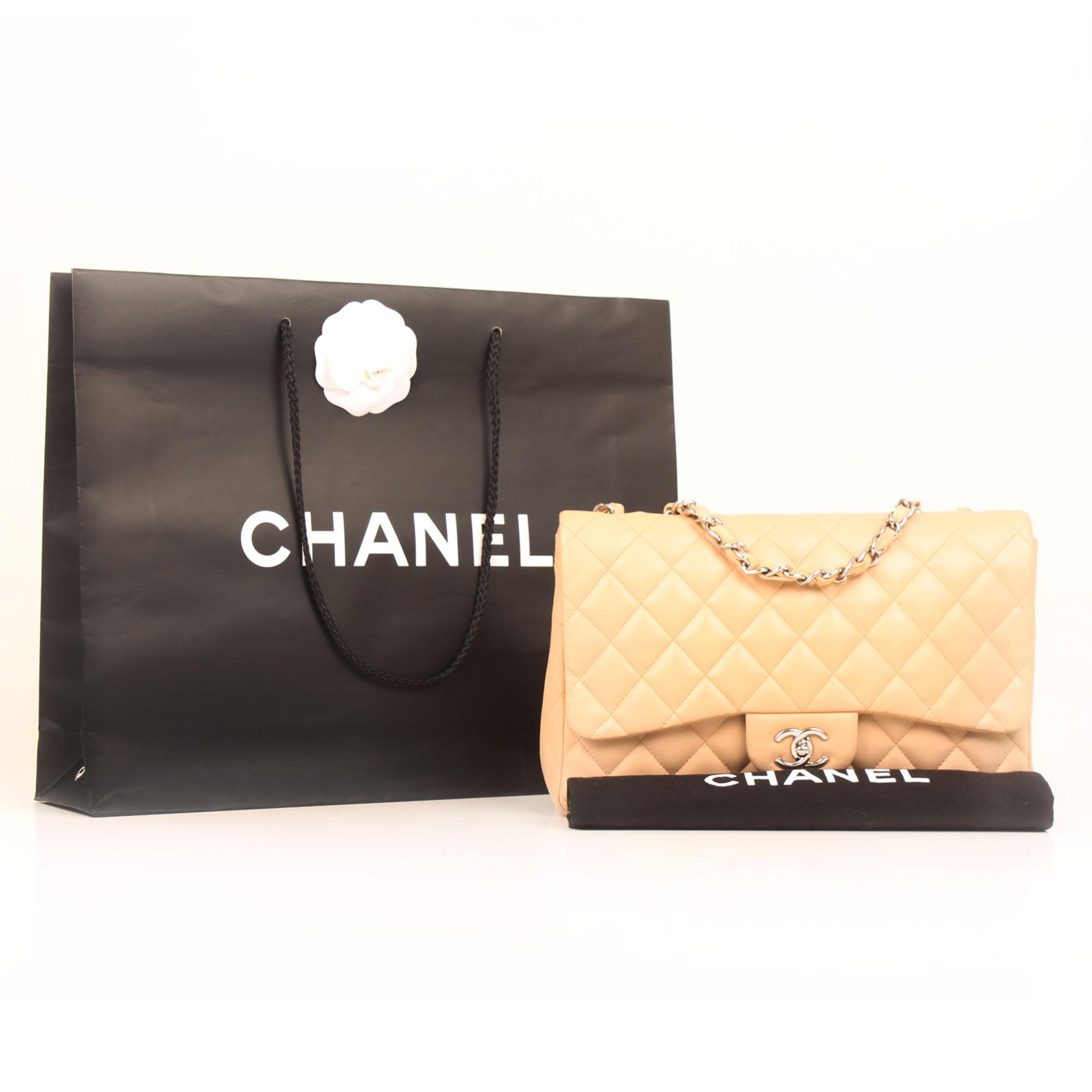 Imagen del dustbag del bolso chanel jumbo classic beige cordero
