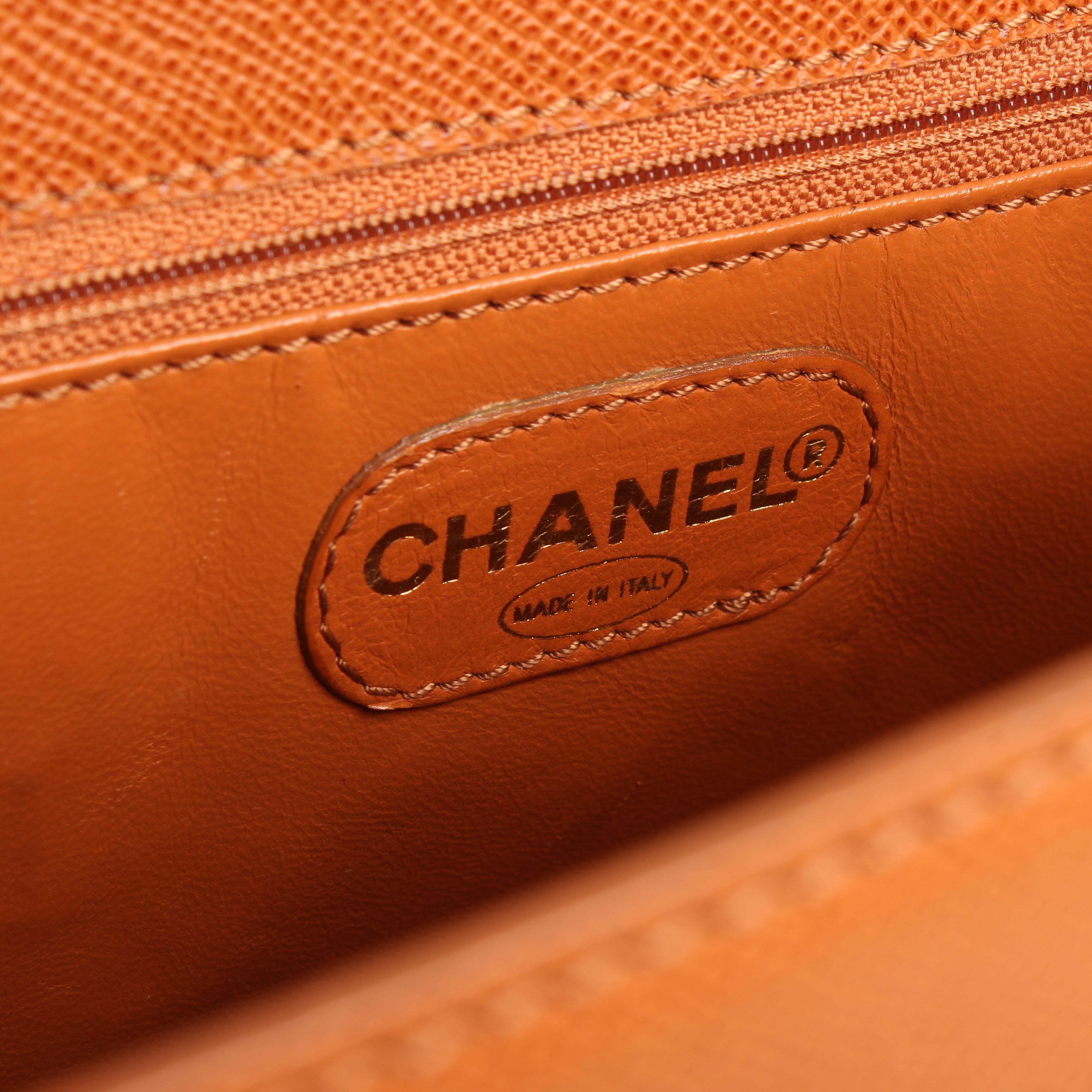 Imagen de la marca del bolso chanel vintage piel granulada camel