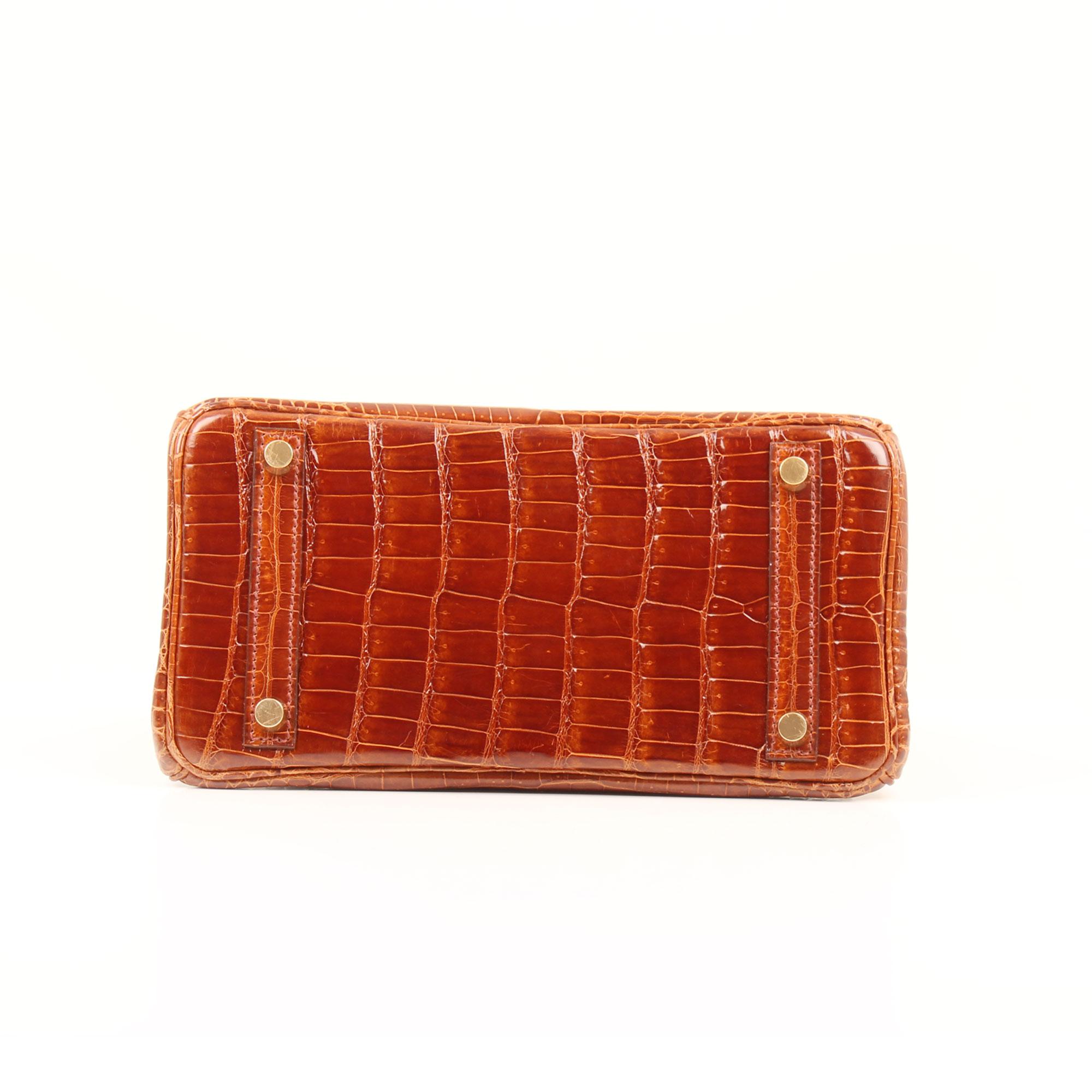 imagen de la base del bolso hermes birkin 25 poroso soft whisky