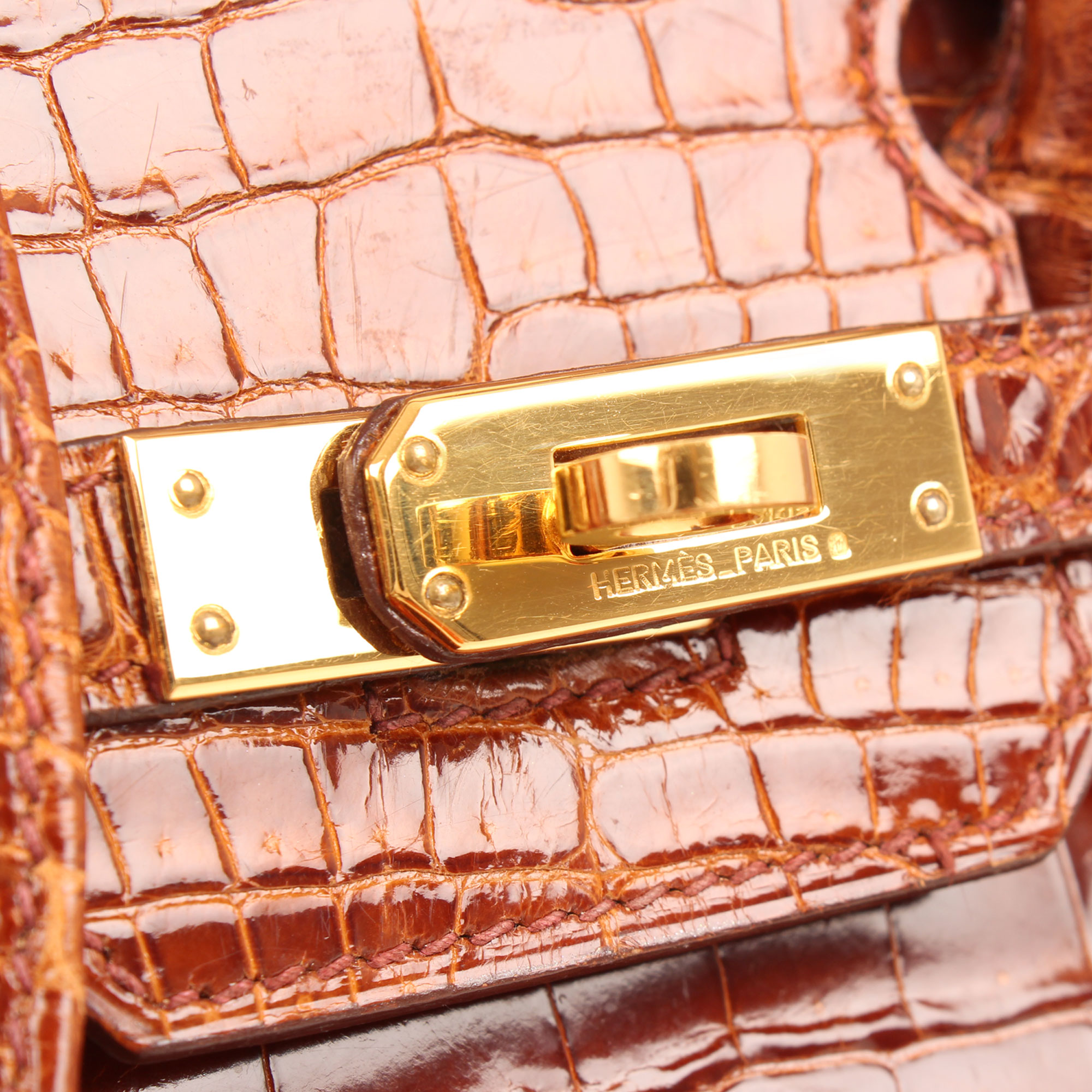 Closure image of hermes birkin 25 poroso soft whisky bag
