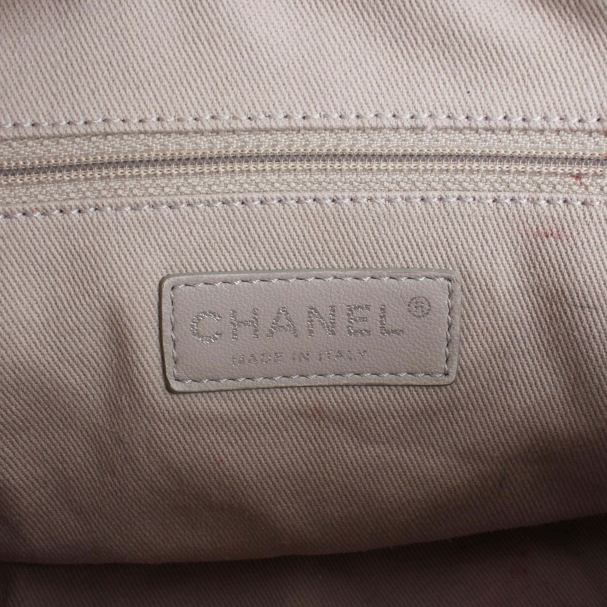 bolso chanel easy zip mediano piel caviar blanca marca