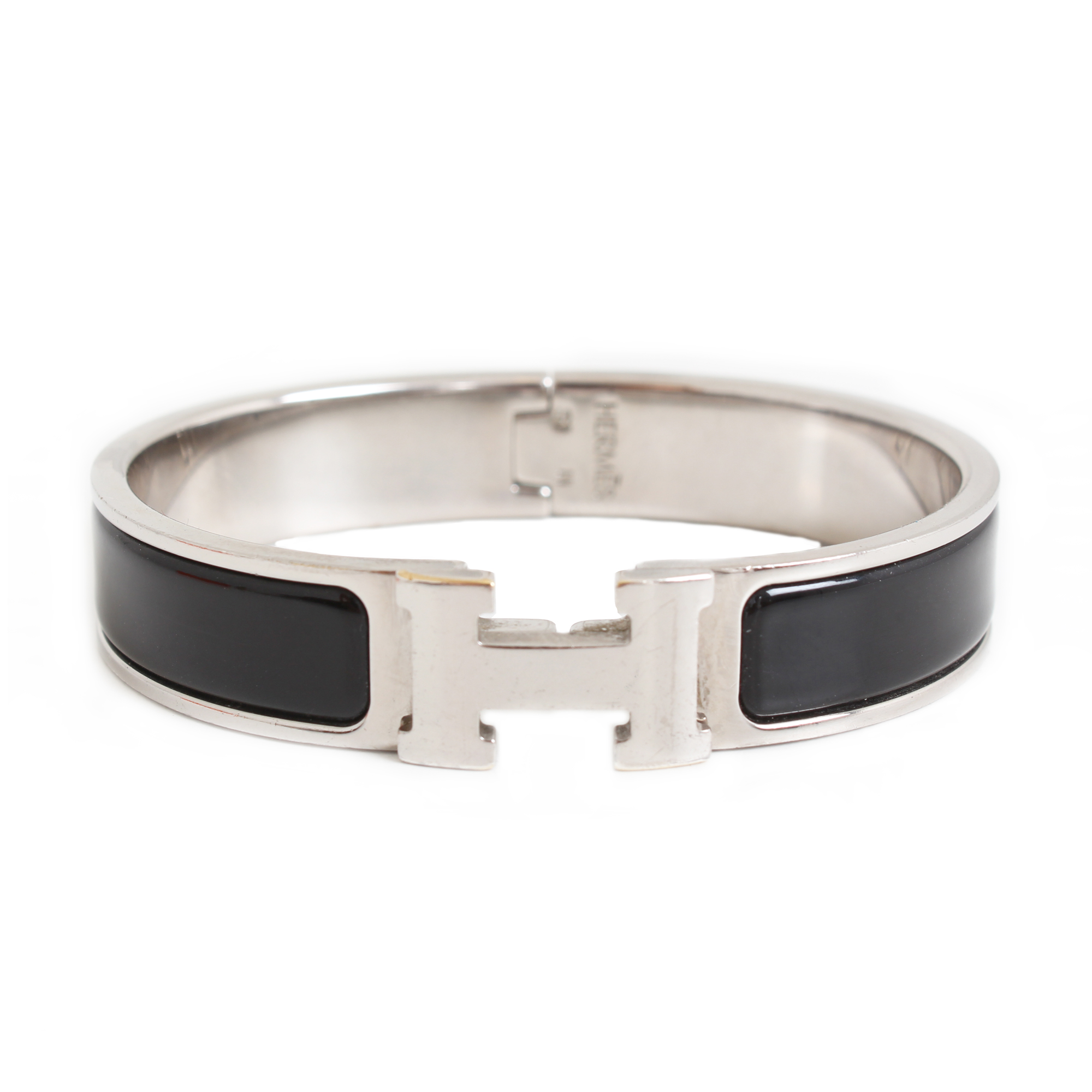 front picture of hermes clic clac h bracelet silver enamelwork black