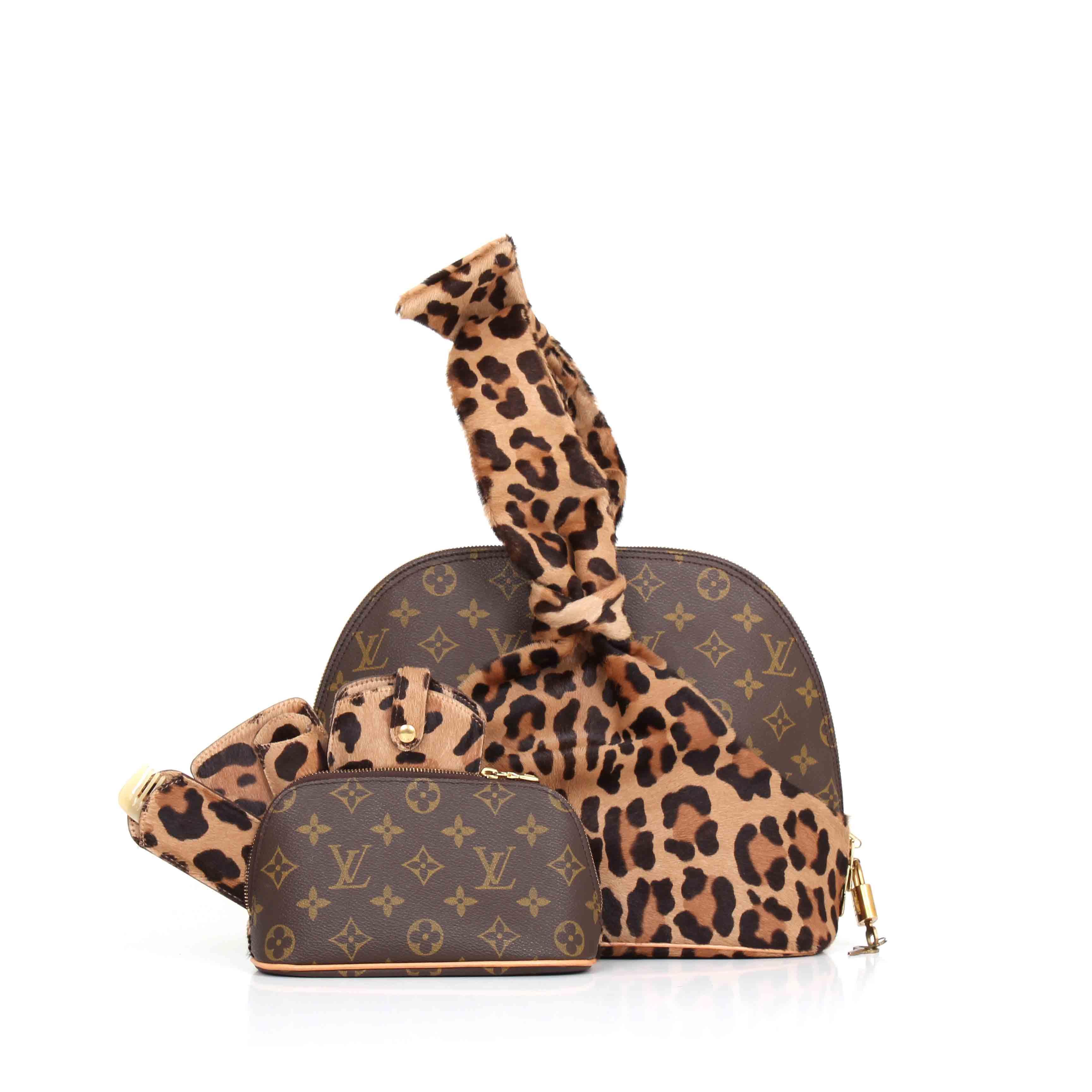3b7004938e0c Source · Louis Vuitton Azzedine Ala a Alma Bag CBL Bags