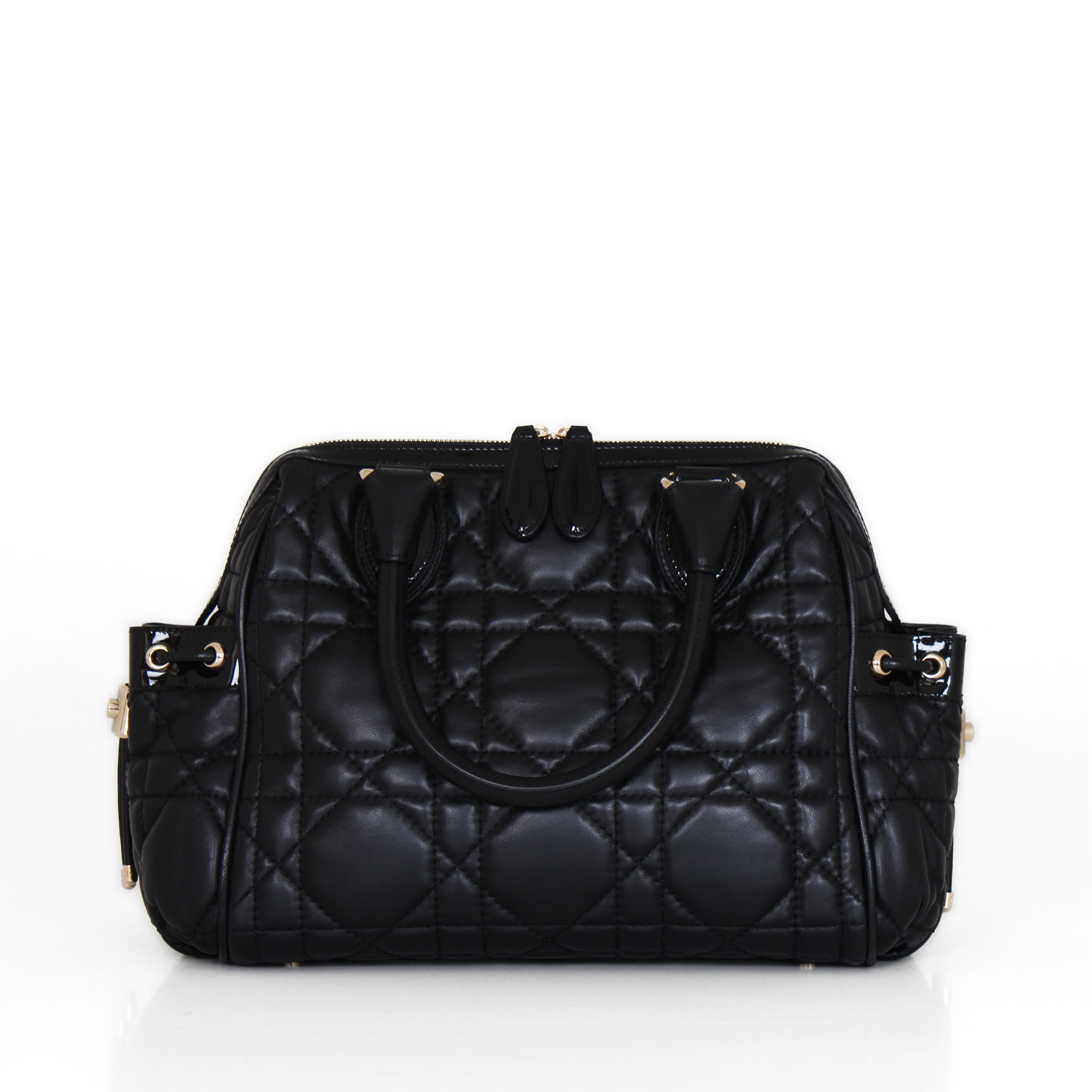 022ca9a6191a Buy and sell luxury bags dior black cannage quilted leather jpg 2000x2000 Dior  cannage bag
